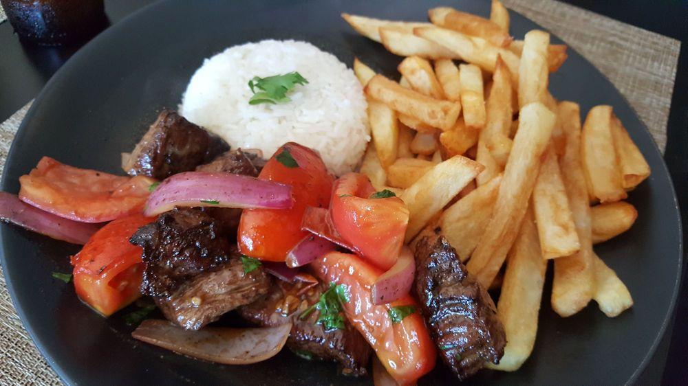 La Cuisine Peruvian Roots