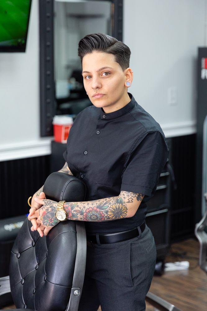 Barber Lounge 36: 36A Hampton Rd, Southampton, NY