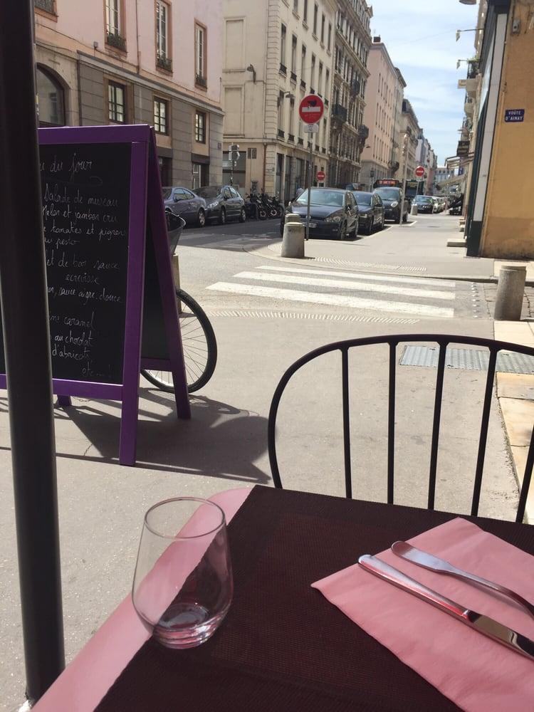 L atelier d ainay french 24 rue vaubecour presqu 39 ile for Atelier cuisine lyon