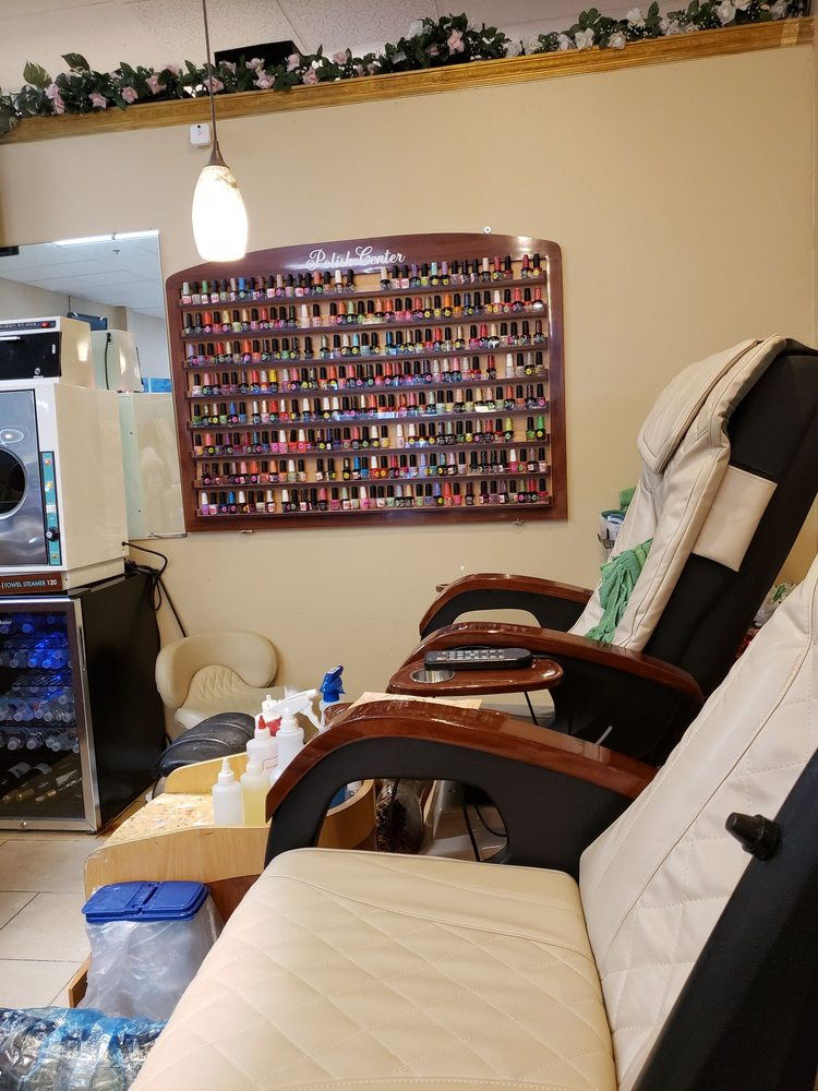 Nail Spa: 5919 Factory Shops Blvd, Ellenton, FL