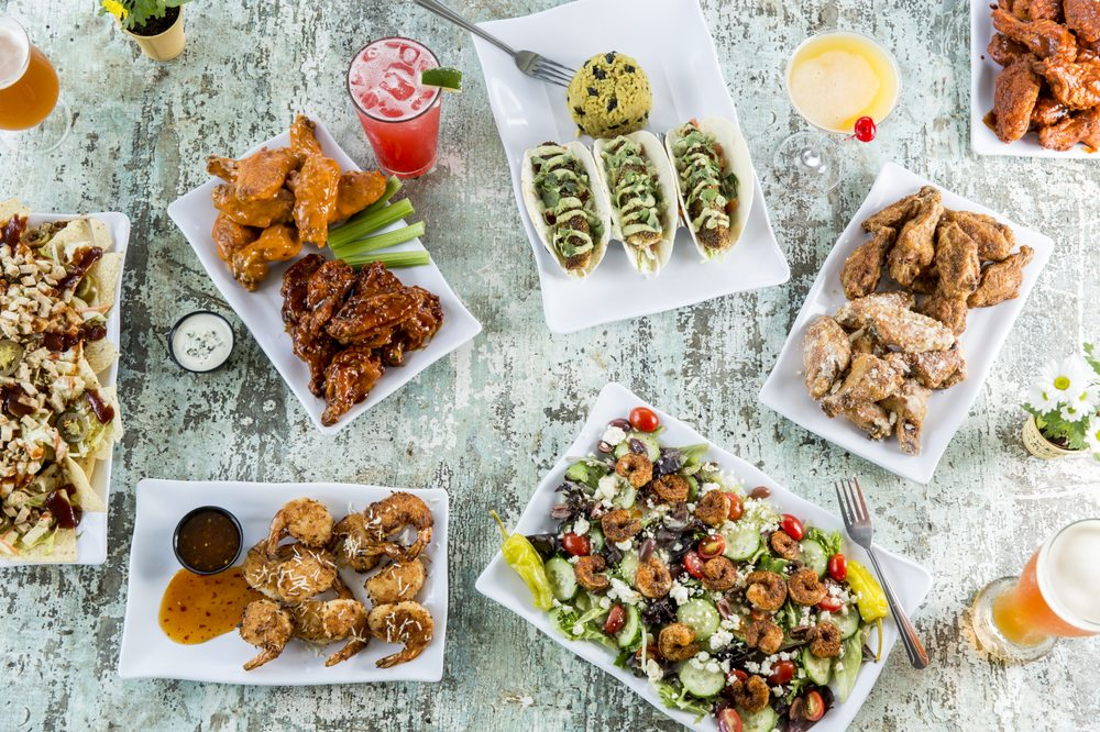 Island Wing Company Grill & Bar - Destin: 981 Hwy 98 E, Destin, FL