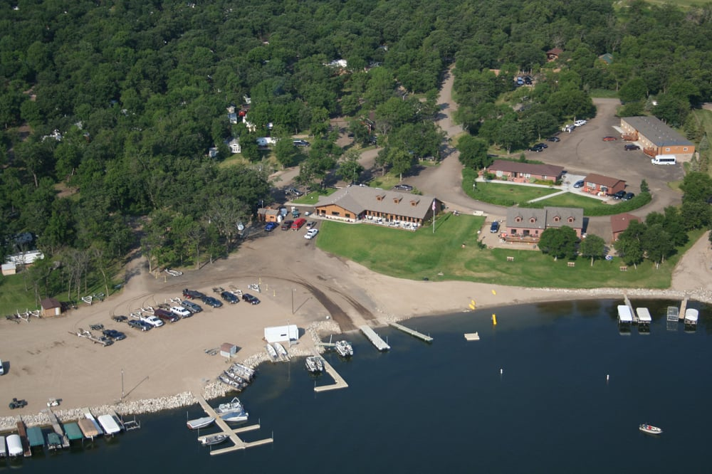Woodland Resort Inc: 1012 Woodland Dr, Devils Lake, ND