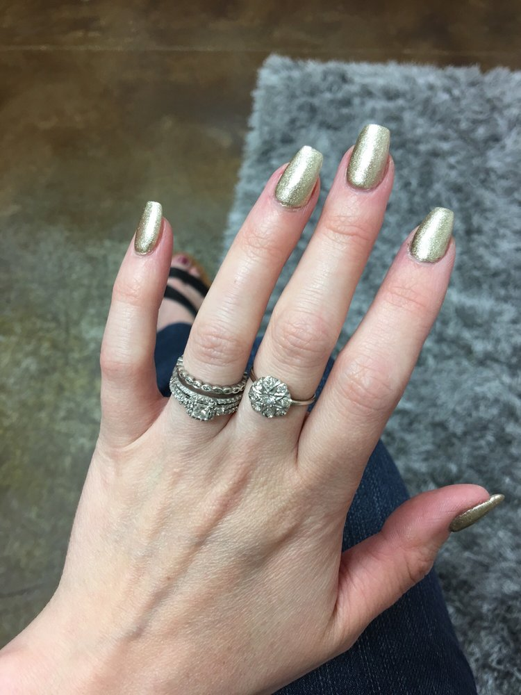 Rose Nails: 807 Hardee Rd, Kinston, NC