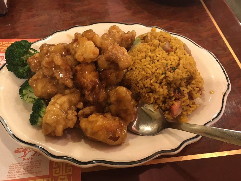 General Tso Chicken And Fried Rice I Wasn 39 T Impressed Unfortunately Yelp