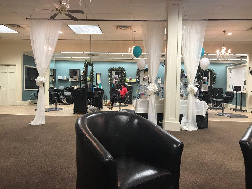 BellAmore Salon and Spa: 425 Water St, Chardon, OH