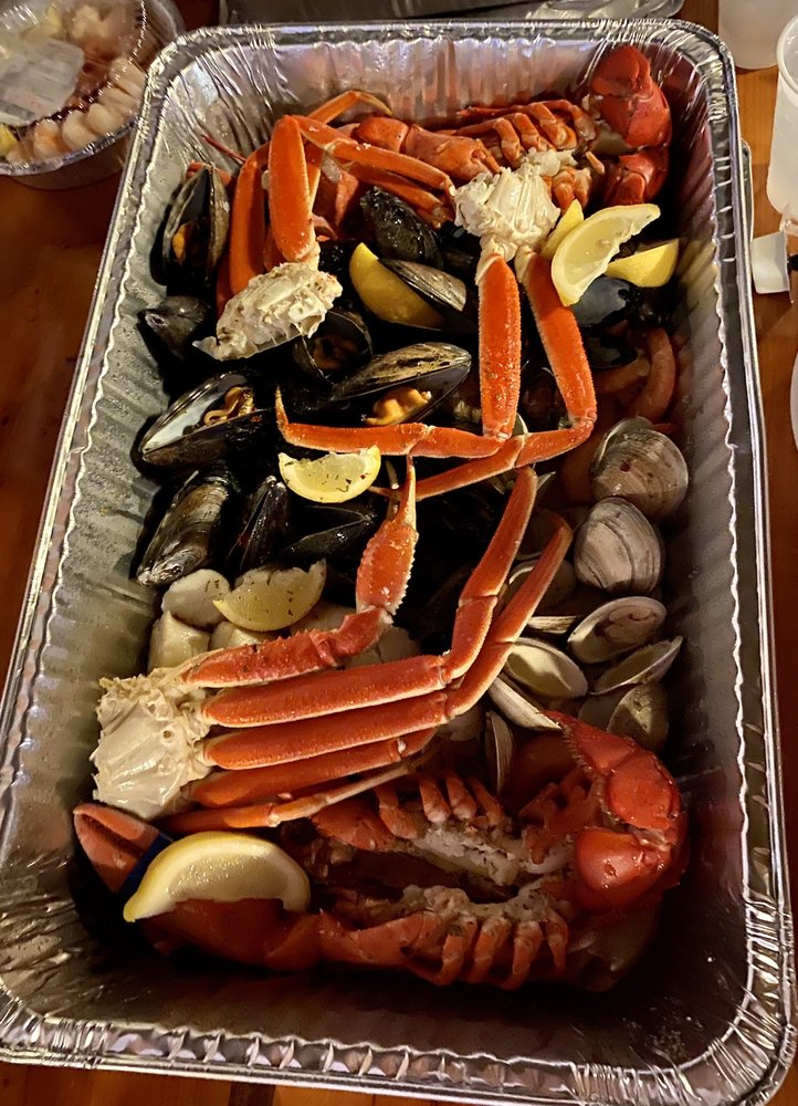 Mike's Seafood: 4222 Park Rd, Sea Isle City, NJ