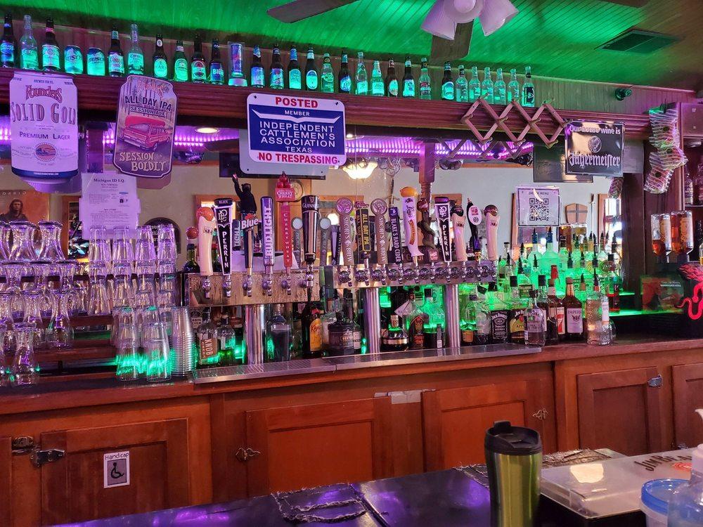 Bravehearts Pub: 218 E Superior St, Alma, MI