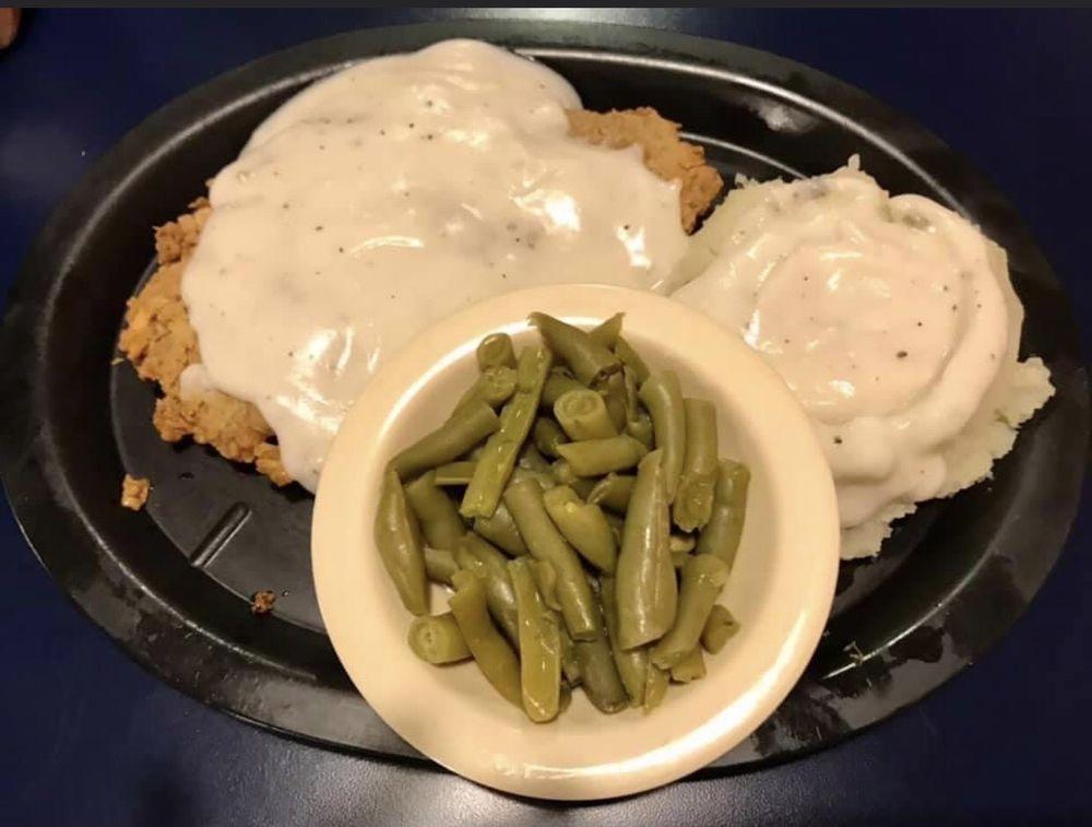 Hondo & Shorty's Burger Place: 51397 US Hwy 69 N, Bullard, TX