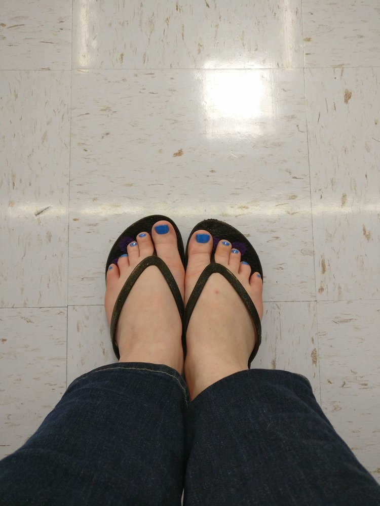 Regal Nails: 333 N Interstate Dr, Norman, OK