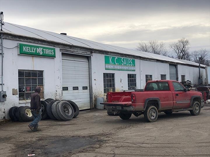 K C Sales: 630 E Linn St, Canton, IL