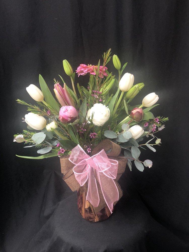 Flowerland Florist: 411 Gilmer St, Sulphur Springs, TX