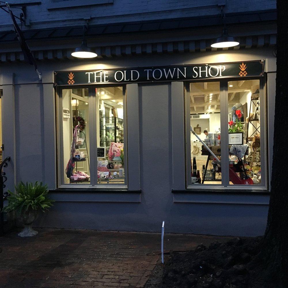 Photo of The Old Town Shop - Alexandria VA United States. The pineapple & The Old Town Shop - 23 Photos - Souvenir Shops - 105 S Union St ... azcodes.com