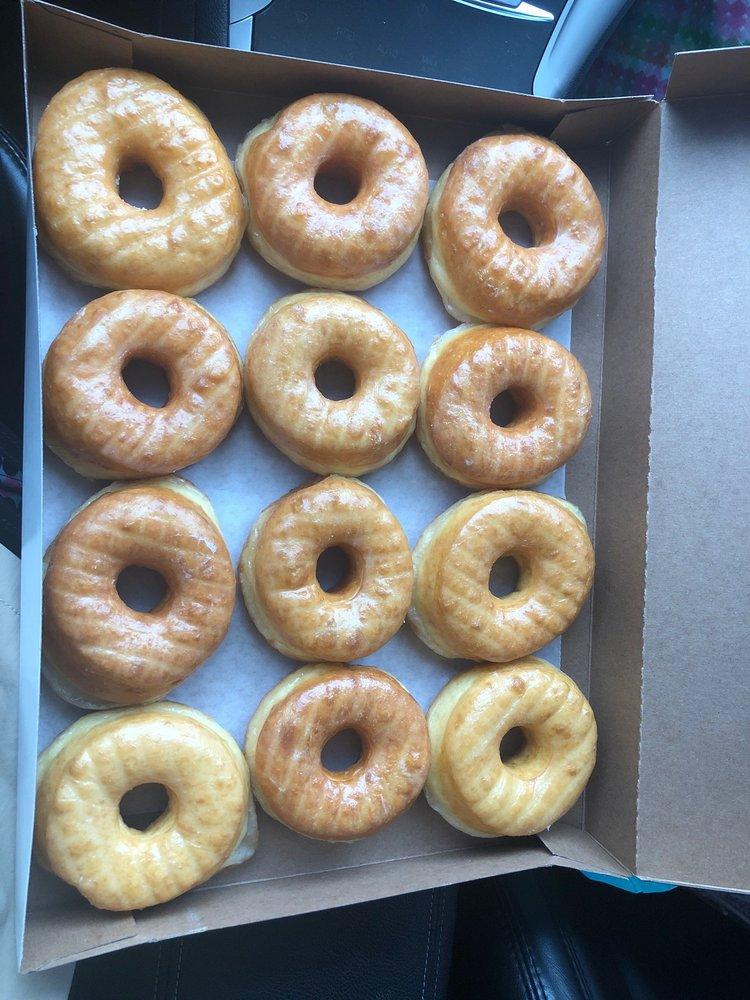 Powderly Donuts: 310 W Main St, Powderly, KY