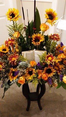 S S Graham Floral: 300 N Maple St, Lebanon, TN