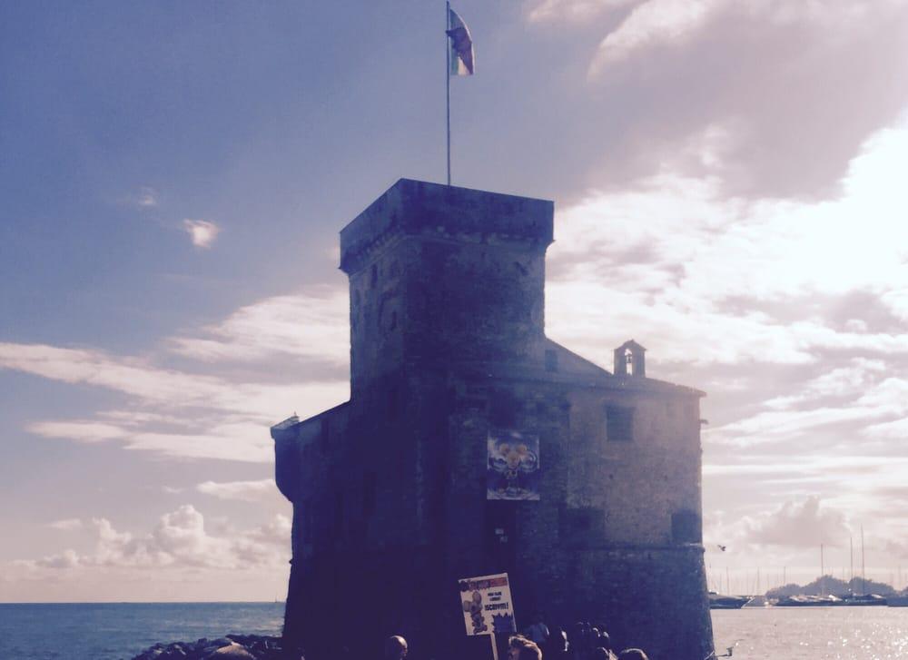 Antico castello sul mare castelli lungomare vittorio - B b la finestra sul castello termoli ...