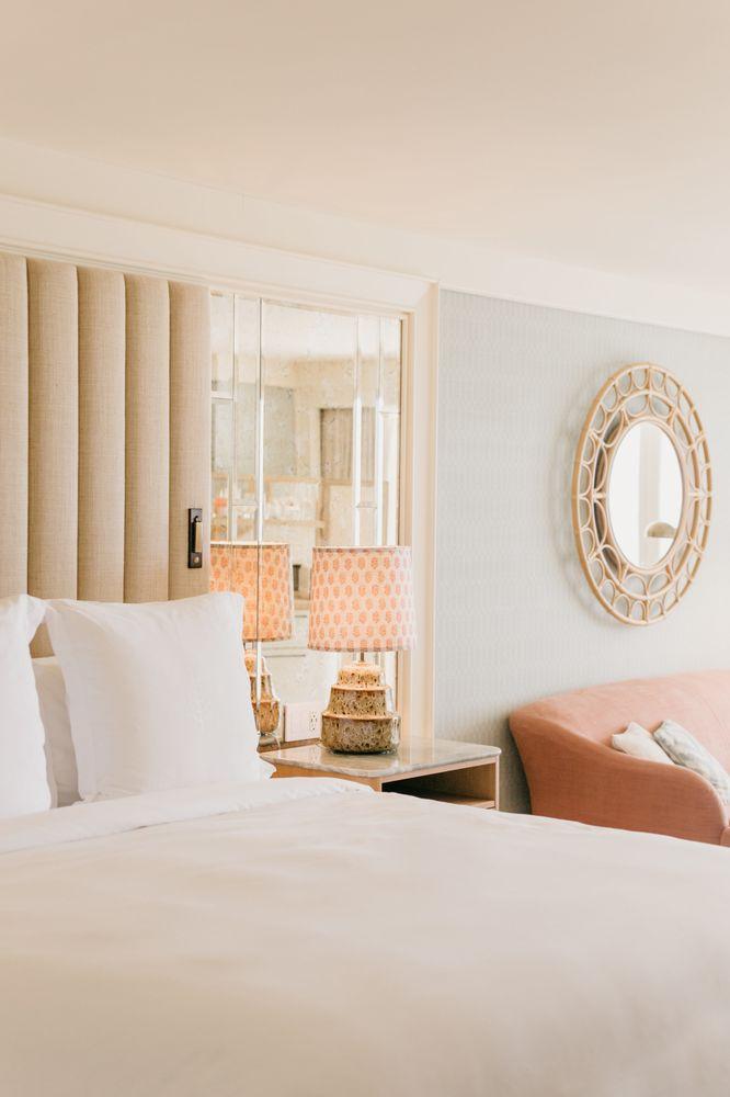 Four Seasons Resort Palm Beach: 2800 S Ocean Blvd, Palm Beach, FL