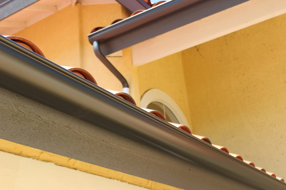 Seamless 6 Inch Half Round Gutters In Malibu Color Chosen