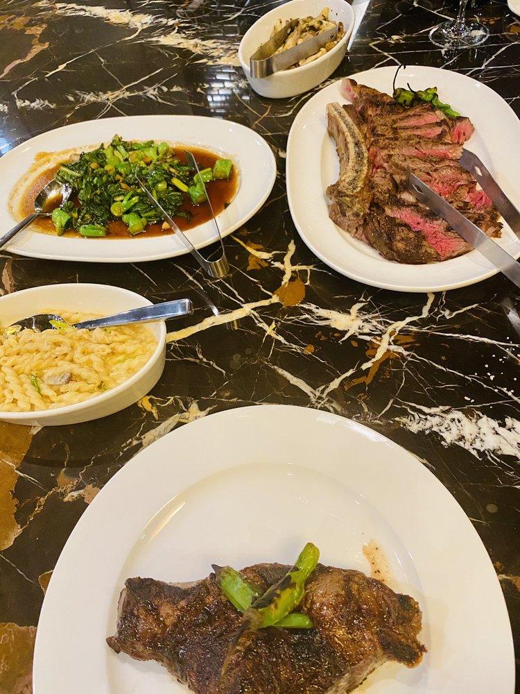 Sky Creek Restaurant and Bar: 251 E State Hwy 114, Southlake, TX
