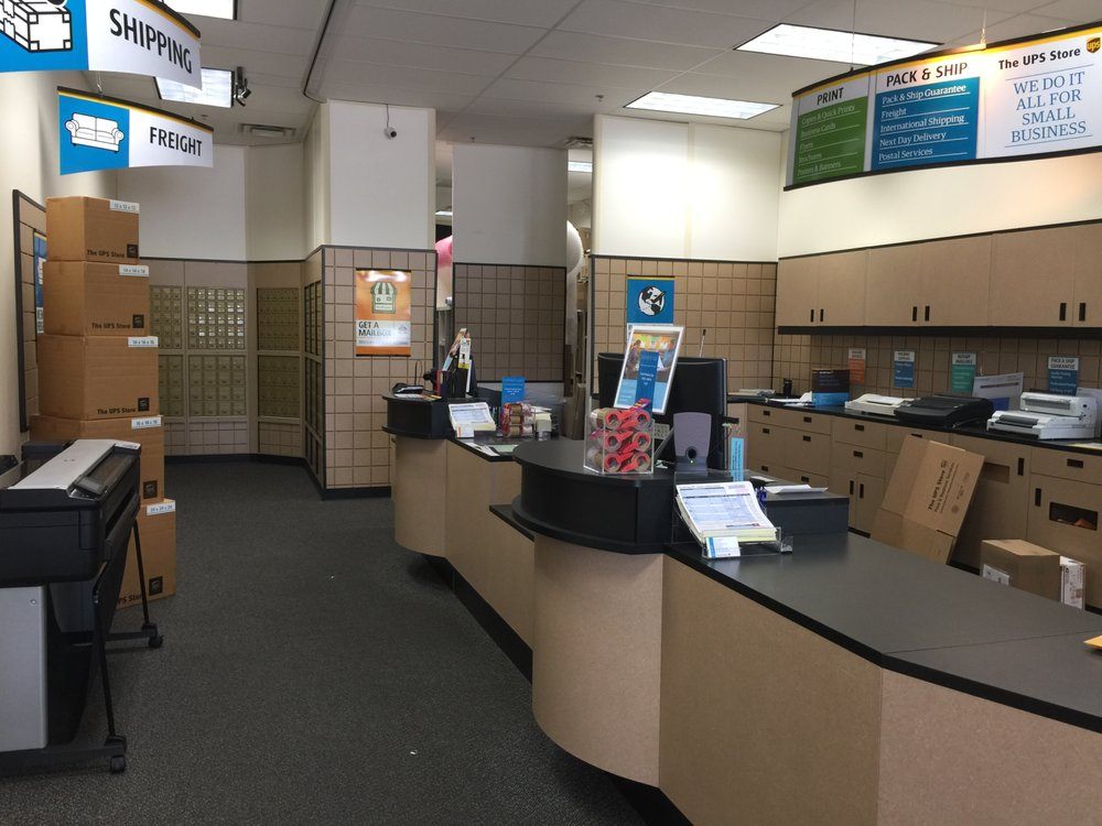 The UPS Store: 9435 Lorton Market St, Lorton, VA