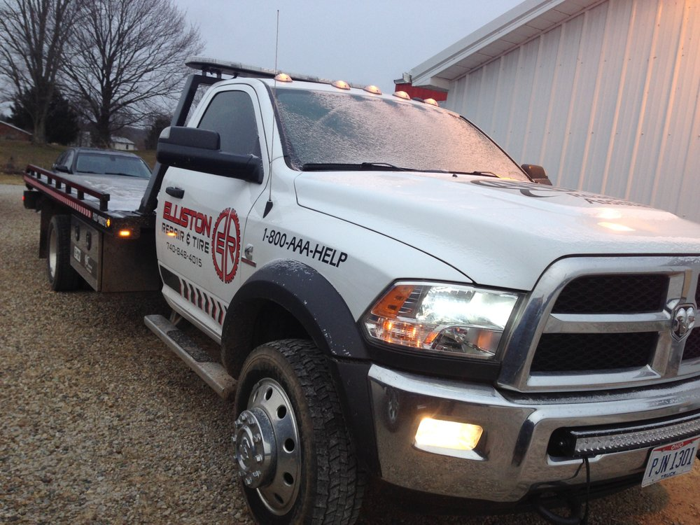 Towing business in Ohio, IN