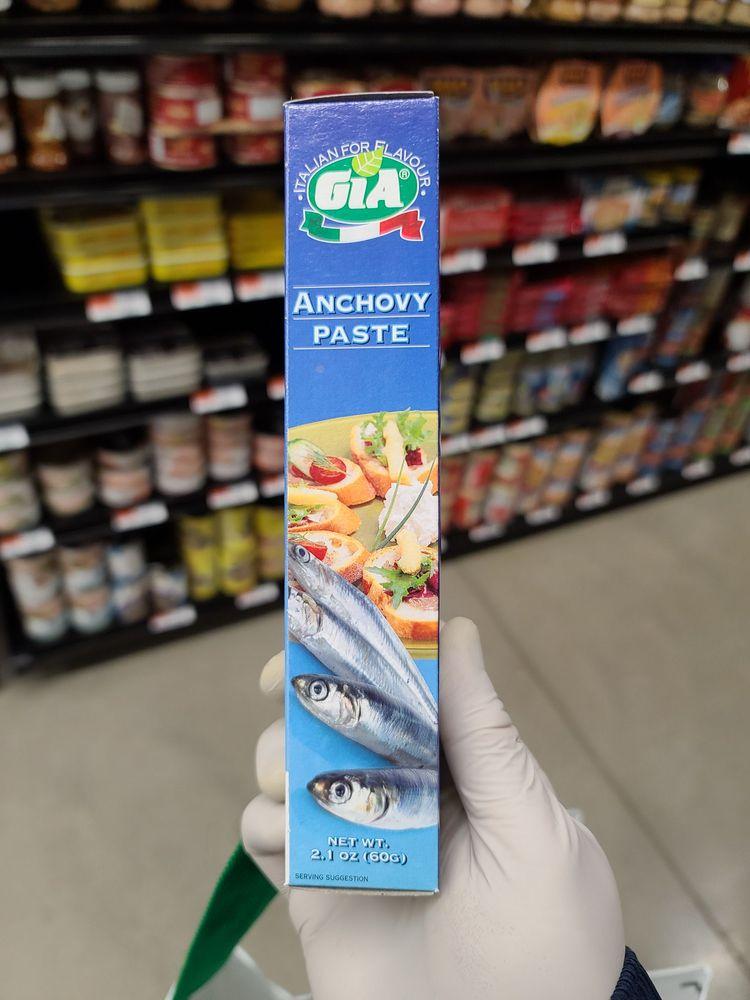 Marino's Supermarket: 46-07 Hollis Court Blvd, Flushing, NY