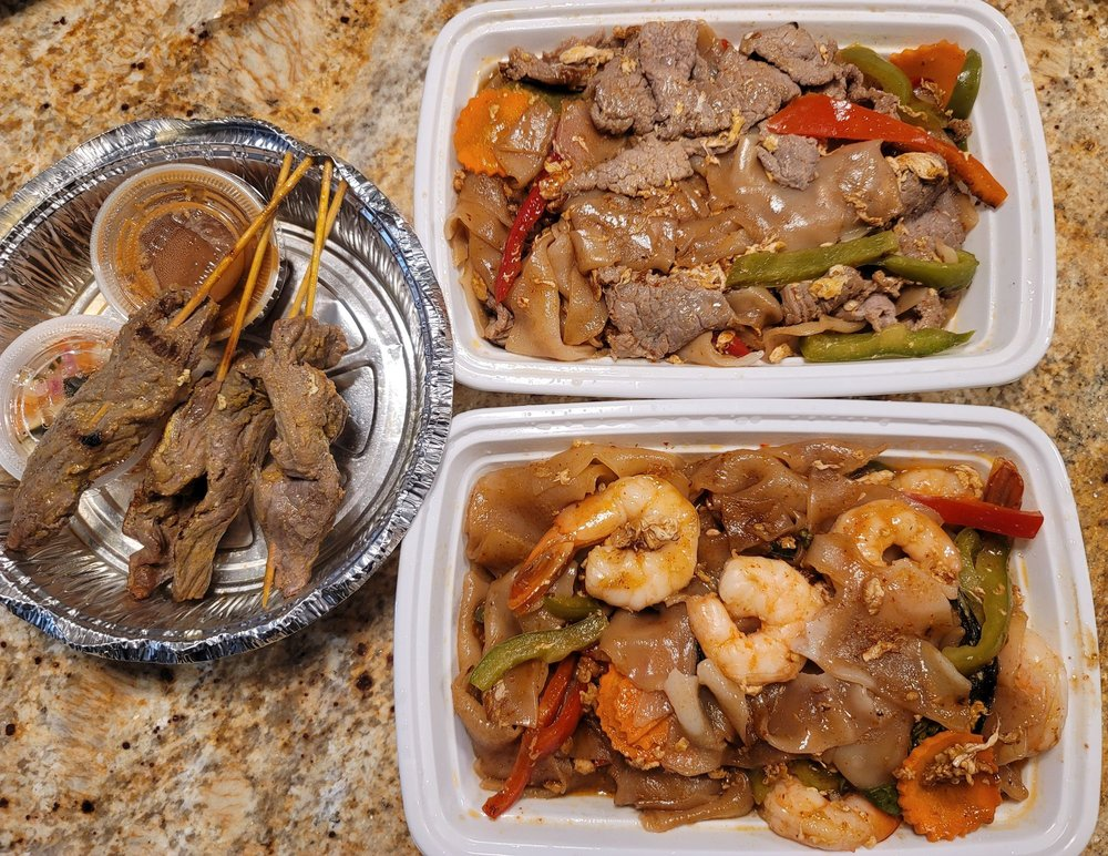 Sopah Thai Kitchen: 11 Cedar Swamp Rd, Glen Cove, NY