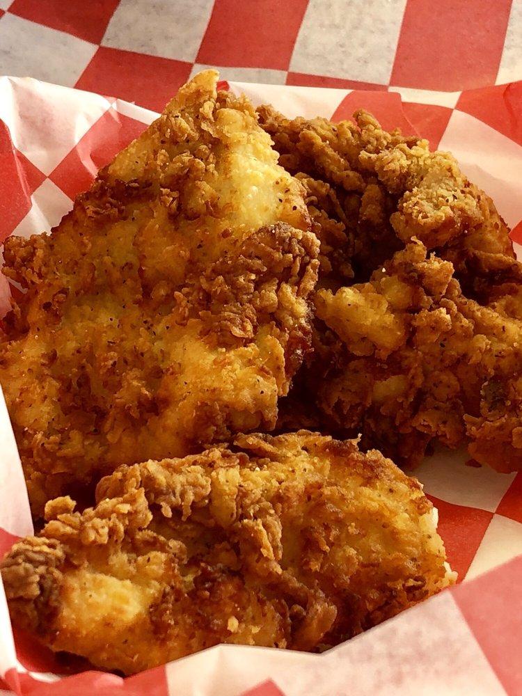 Pop's Honey Fried Chicken: 22005 State Hwy 155 S, Flint, TX