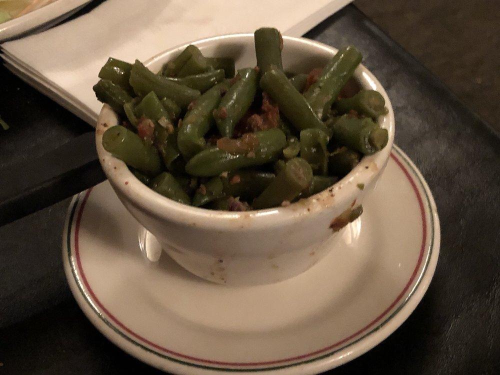 Mona's Italian Foods: 202 N Main St, Toluca, IL