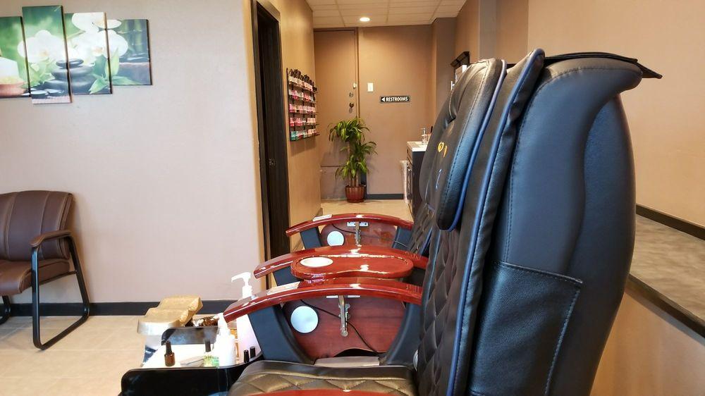 Jade Nails: 230 S Wenatchee Ave, Wenatchee, WA