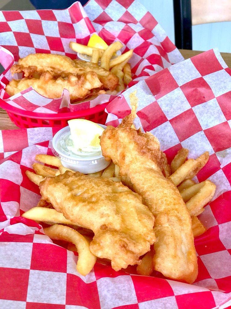 Portland Fish Market: 4404 SE Woodstock Blvd, Portland, OR