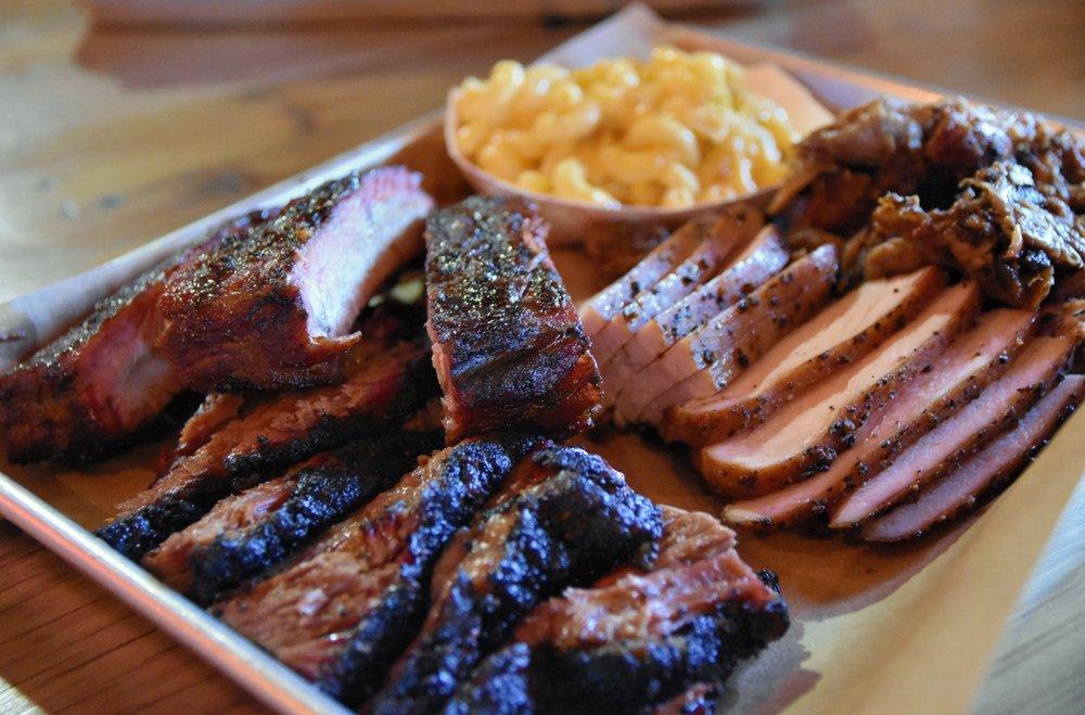 Hutchins BBQ: 1301 N Tennessee St, McKinney, TX