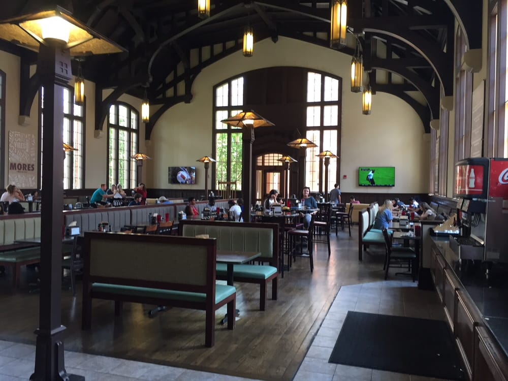 Suwanee Room Dining Hall American New Citrus Ct
