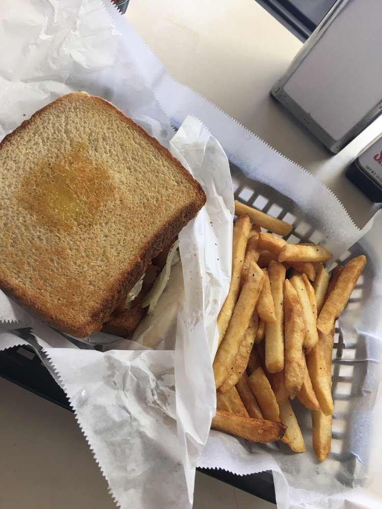 Claremont Cafe: 4885 S Depot St, Claremont, NC