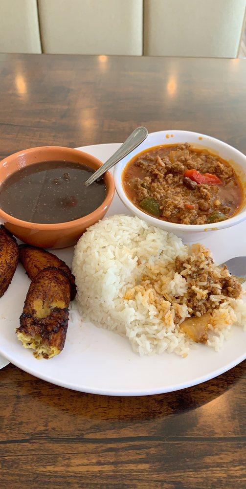 Mambos Cuban Cafe Express: 4820 W Deer Lake Dr, Jacksonville, FL