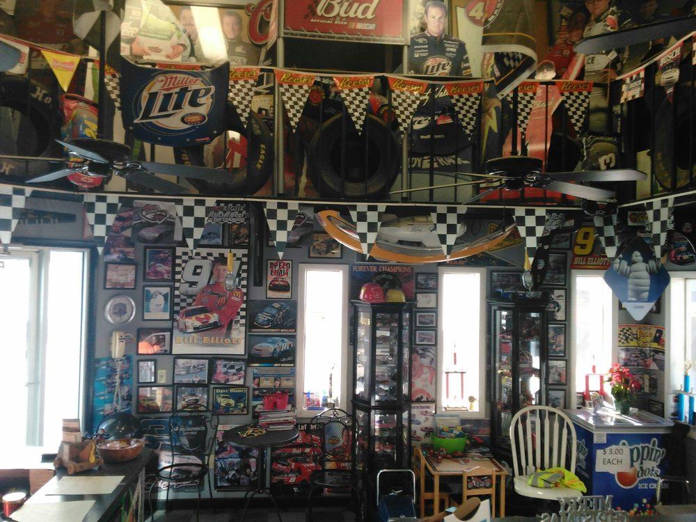 Seldomridge Body Shop & Wrecker Service: 551508 US Highway 1, Hilliard, FL