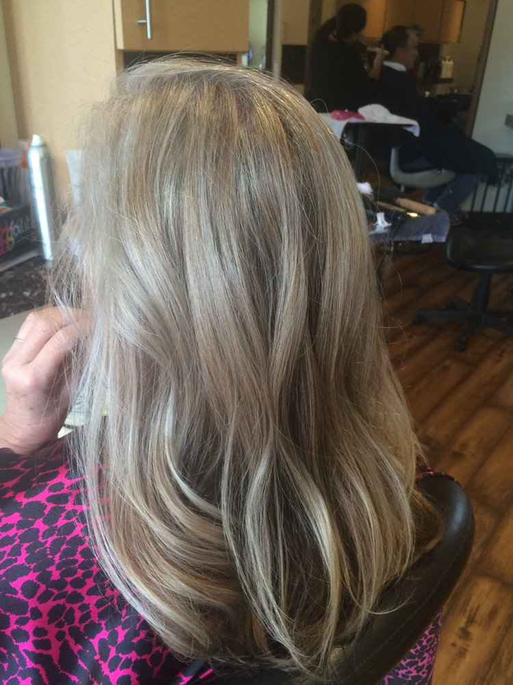 She wanted to allow her gray to come in this was a for Salon hanna
