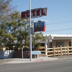 Photo Of Holiday Lodge Hawthorne Nv United States Across The
