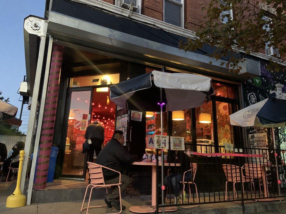 Boobie Trap: 308 Bleecker St, Brooklyn, NY