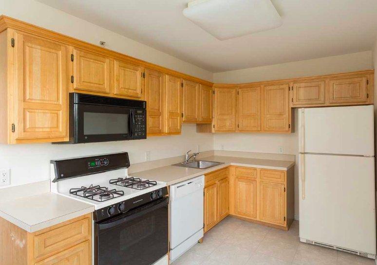 Kinnelon Ridge - 14 Photos & 10 Reviews - Apartments - 2