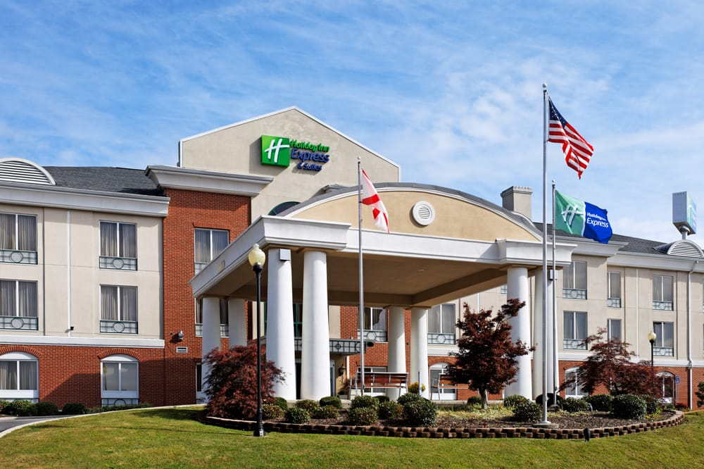 Holiday Inn Express & Suites - Cullman: 2052 Hays Dr NW, Cullman, AL