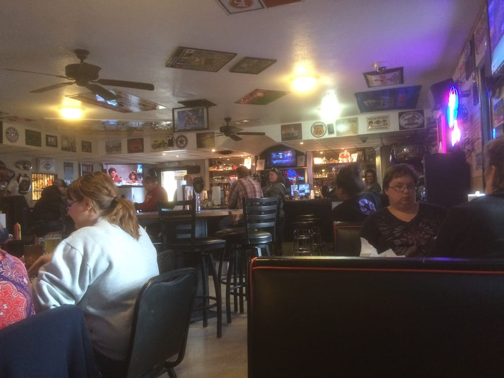 Rides Bar & Grill: 723 S 31st St, Fort Dodge, IA