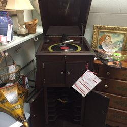 High Quality Photo Of Sleepy Poet Antique Mall   Charlotte, NC, United States. 1920s  Victrola