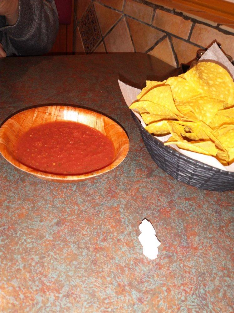 El Tapatio Mexican Restaurant: 243 N Spring St, Sparta, TN