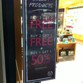 The Body Shop - CLOSED - 12 Reviews - Cosmetics & Beauty