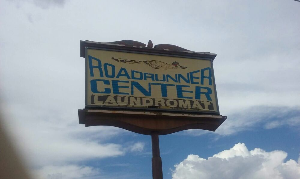 Road Runner Laundry: 665 N State Route 89, Chino Valley, AZ