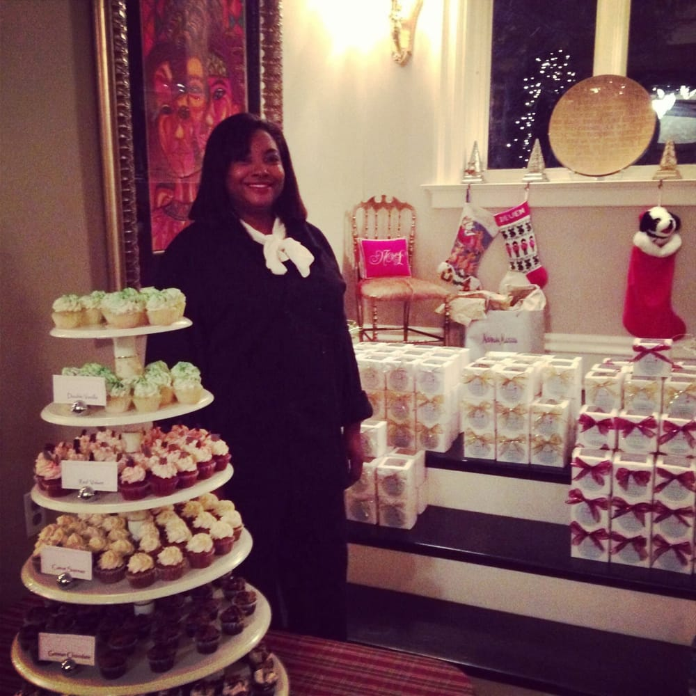 Mrs Kenya Posley Of Faabecupcakes Yelp
