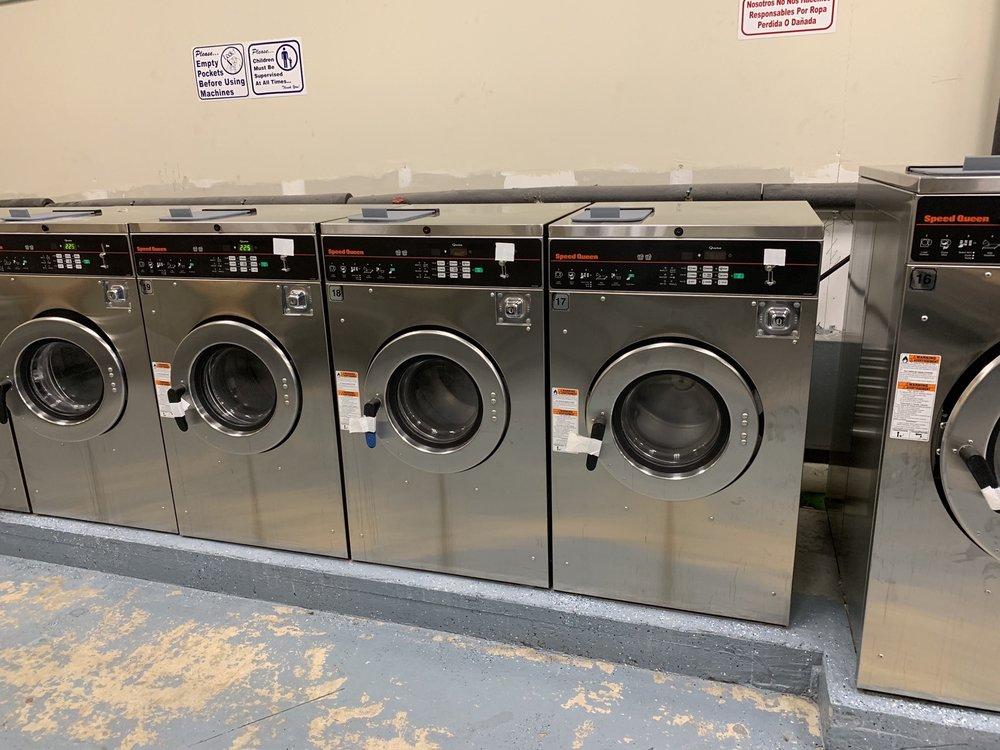 Nice-N-Clean Laundromat: 1412 Boonehill Rd, Summerville, SC
