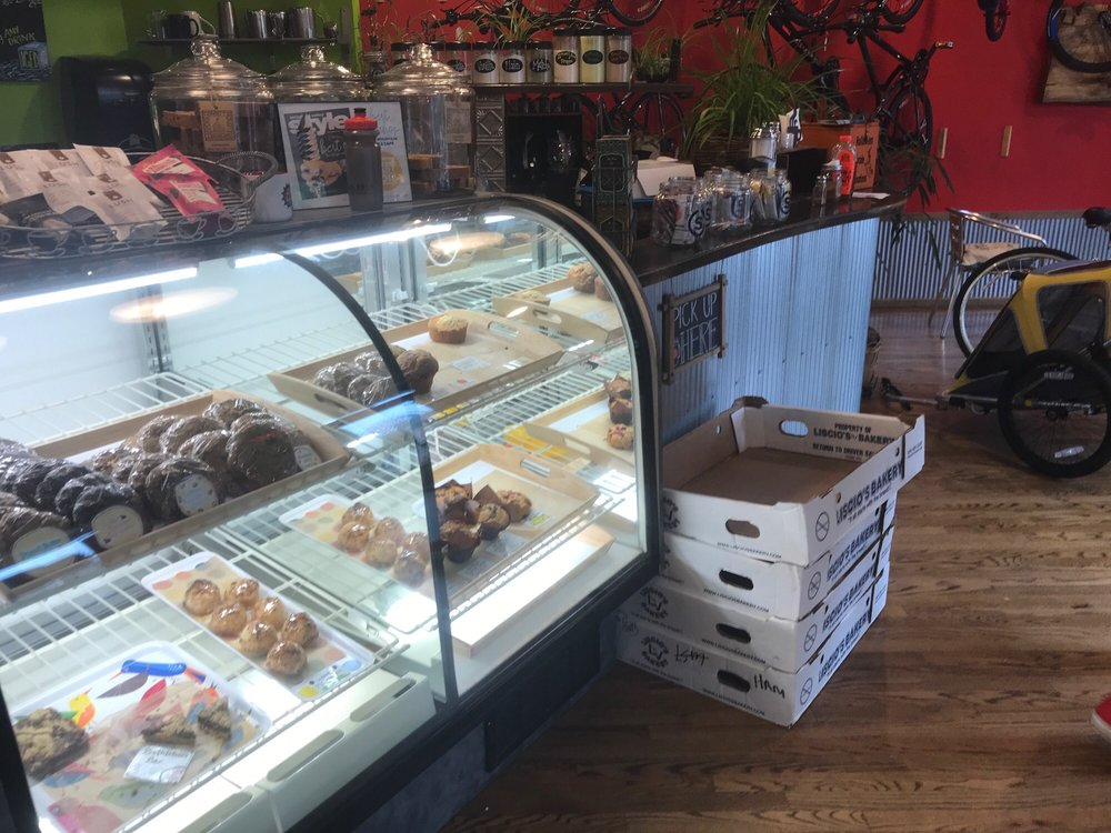 South Mountain Cycle & Cafe: 337 Chestnut St, Emmaus, PA
