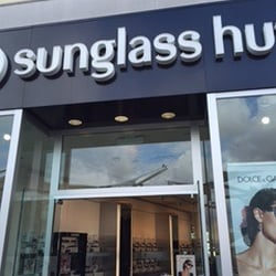 Sunglass Hut Reviews  sunglass hut 15 reviews eyewear opticians 7007 friars rd
