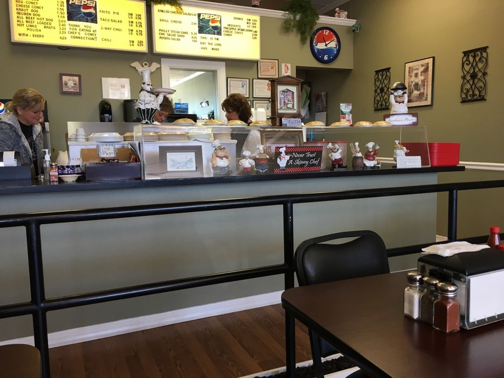 Chef's Coney Connection: 114 W Taft Ave, Sapulpa, OK